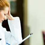 Установление ответственности медицинских работников